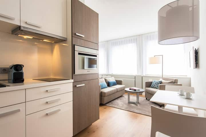 "Brera-Oper ""Comfy"" Apartment - Your Long Stay Rate"