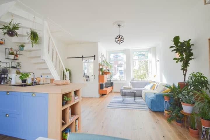 Lovely, bright house in Haarlem Centre near beach