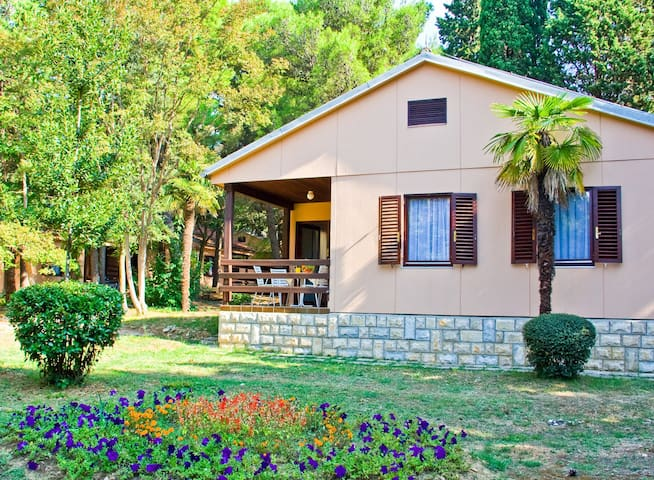 Bungalow for 4+2 persons with a/c R15812