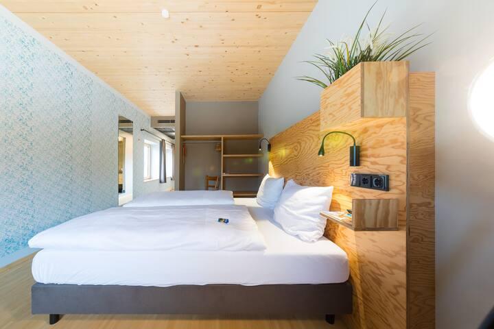 Schlossparkhotel - Standard Familienzimmer Hofwirt