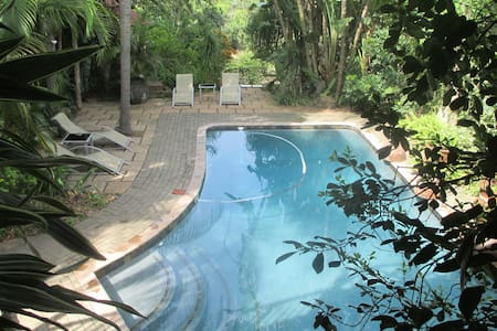 Old Vic Travellers - Nelspruit - Guesthouse