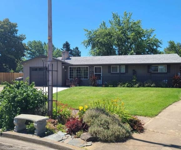 Private House in East Medford