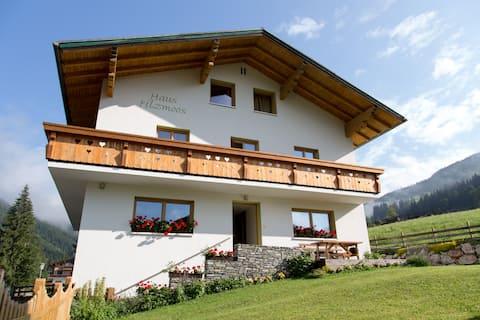 Penthouse Apartment near Salzburg & Hallstatt