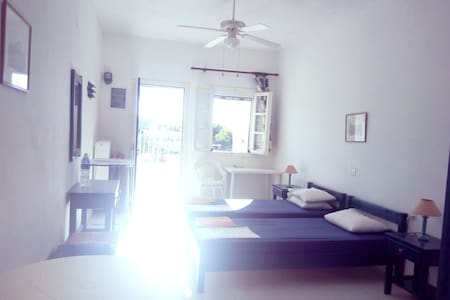 Ideal studio near the beach #1.. Aliki/Paros - Apartment