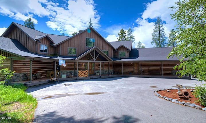 Big Cedar Lodge - 20 Acres - 6 BD/7 BA Sleeps 16