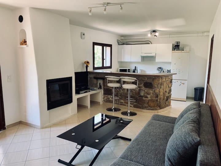 3P - 65 m2 calme dans villa colline de Cagnes