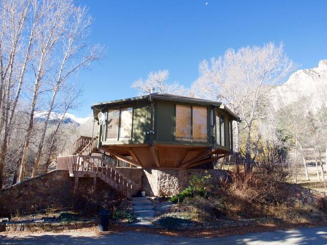 *NO GUEST SERVICE FEE* Treehouse Hot Springs