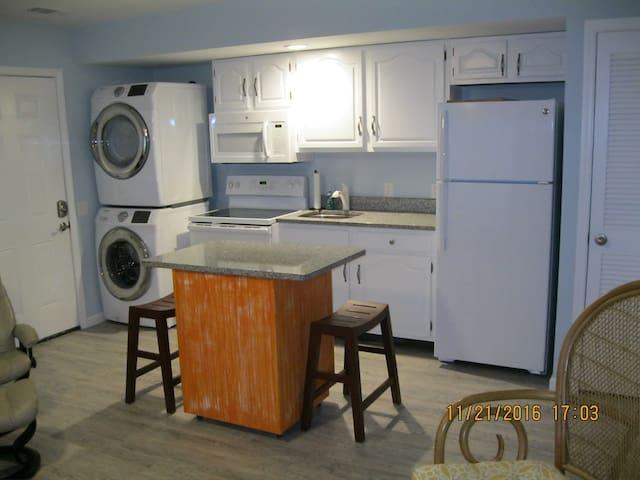 Crabby Patty's Beach Cabin - Hilton Head Island - Apto. en complejo residencial