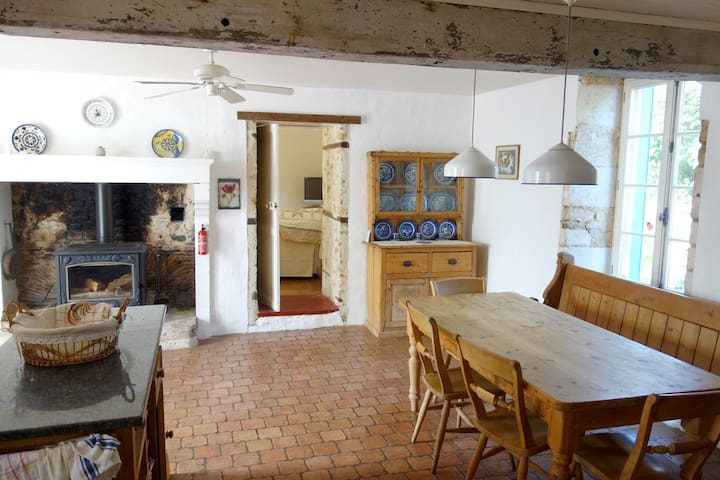 The French Forge - Holiday Home/Villa - Bazoges-en-Pareds, La  Vendée - Villa