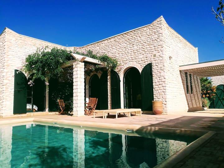 Belle villa 2 chambres avec  piscine privée