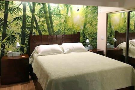 Inna's Cottage - Modern, Tropical Getaway