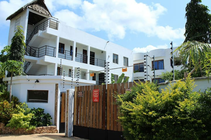The Rock Galana holiday apartments - Diani Beach - Apartament