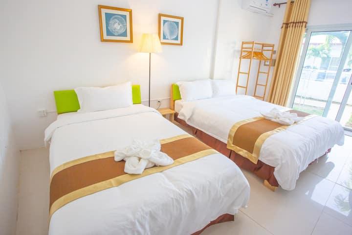 青芒果度假村-标准家庭房