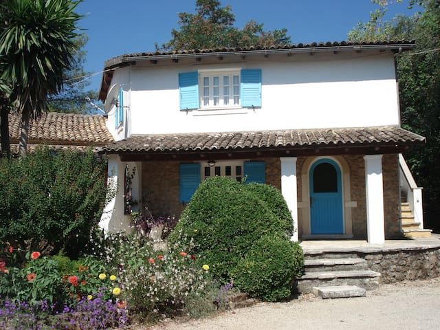 Casa Lucia the Stone Cottage - Korfu - Byt