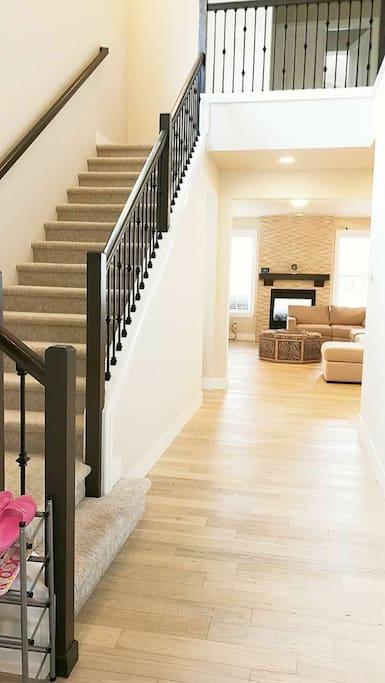 一走进大门就有温馨家园的感觉。