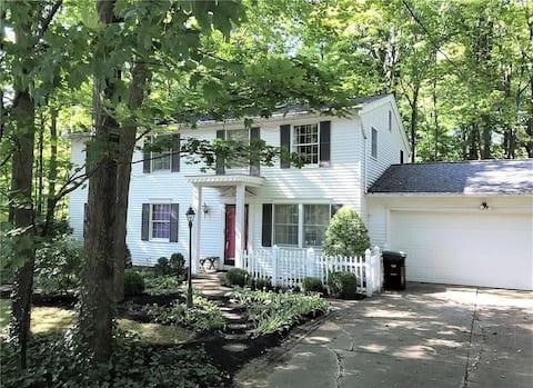Fabulous House in Niagara and Chestnut Park Region