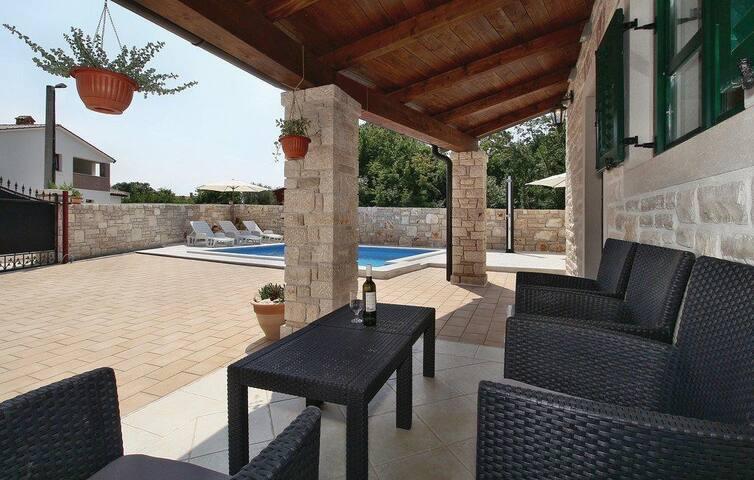 Luxury villa Leona in Istria (Poreč) - Vržnaveri - Dom