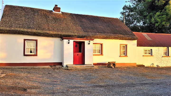 Springtown Thatched Cottage, Augher, Co. Tyrone