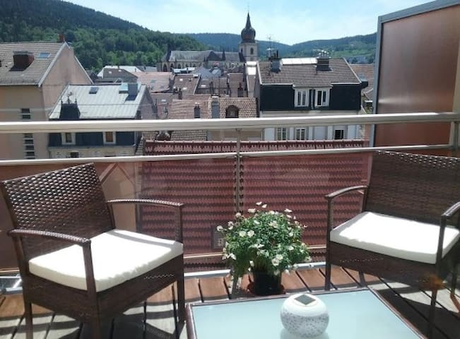 Cosy Appartement with a view - Remiremont - Byt