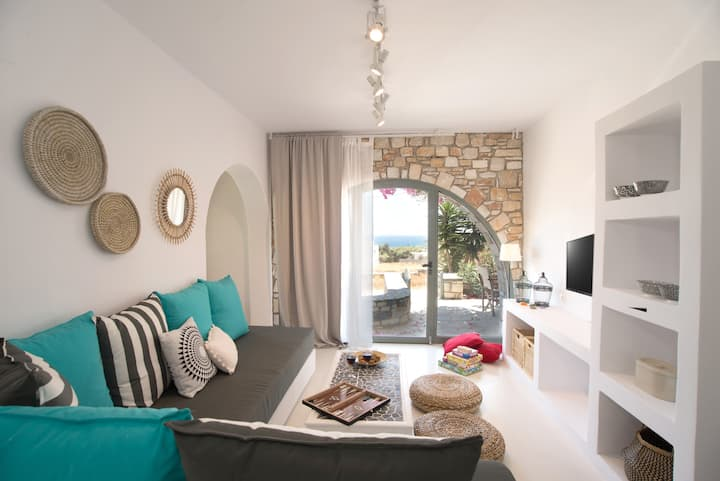 Chic designed house with 2 bedrooms in Paros