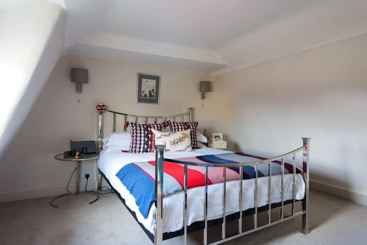 Charming Georgian House - Market Deeping - Bed & Breakfast