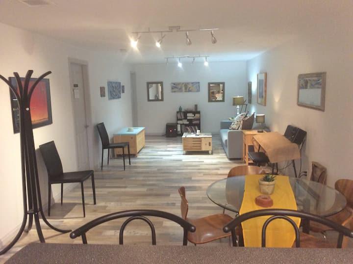 Funky modern studio in the heart of Whitehorse