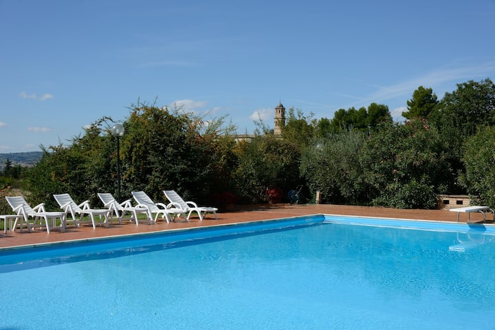 villa with private swimming-pool in umbria