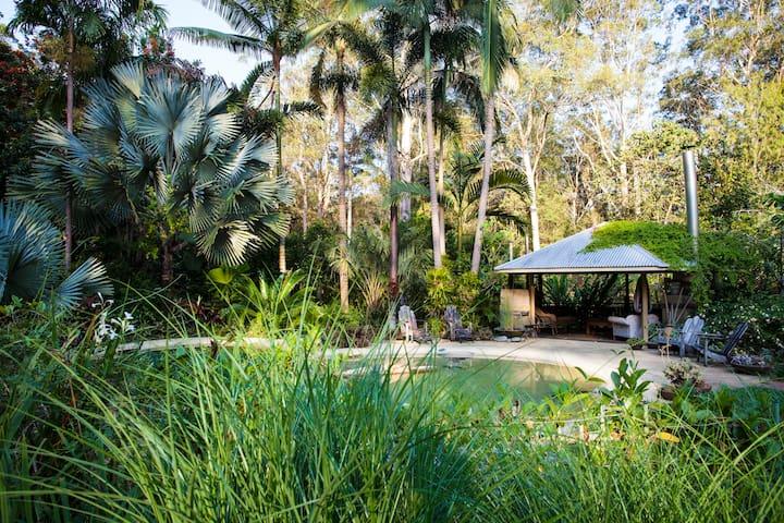 Stringybark Cottage Gardens Eumundi Doonan Noosa