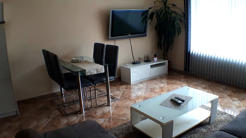 "LUXURY APARTMENT ""DANI"", VARNA CENT"