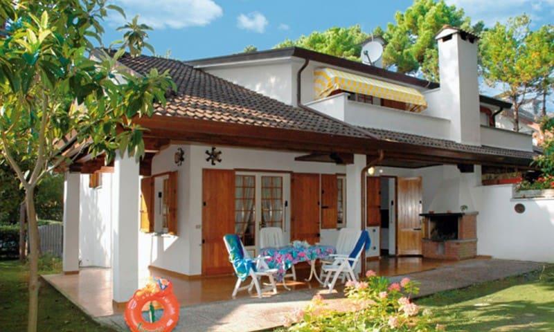 Villa Schubert E2 - ampia villa sul lungomare