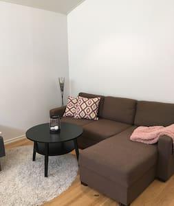 Superfin lägenhet,nära till Astrid Lindgrens värld