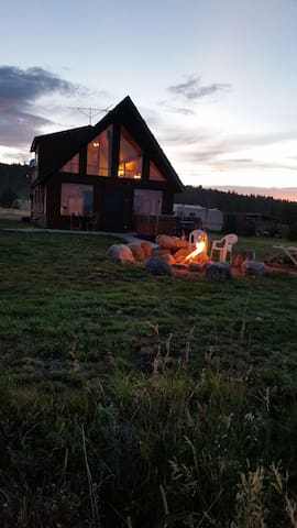 Love family cabin in SW Montana