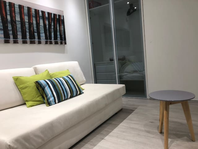 HEART OF CHUECA, Modern Studio in Chueca 2 People