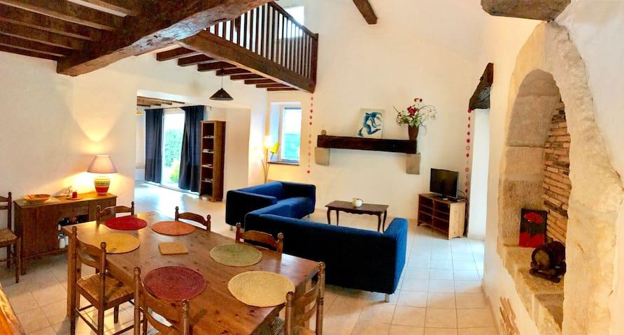 Agréable Gite T4 avec piscine, grand jardin,Landes - Peyrehorade - Vacation home