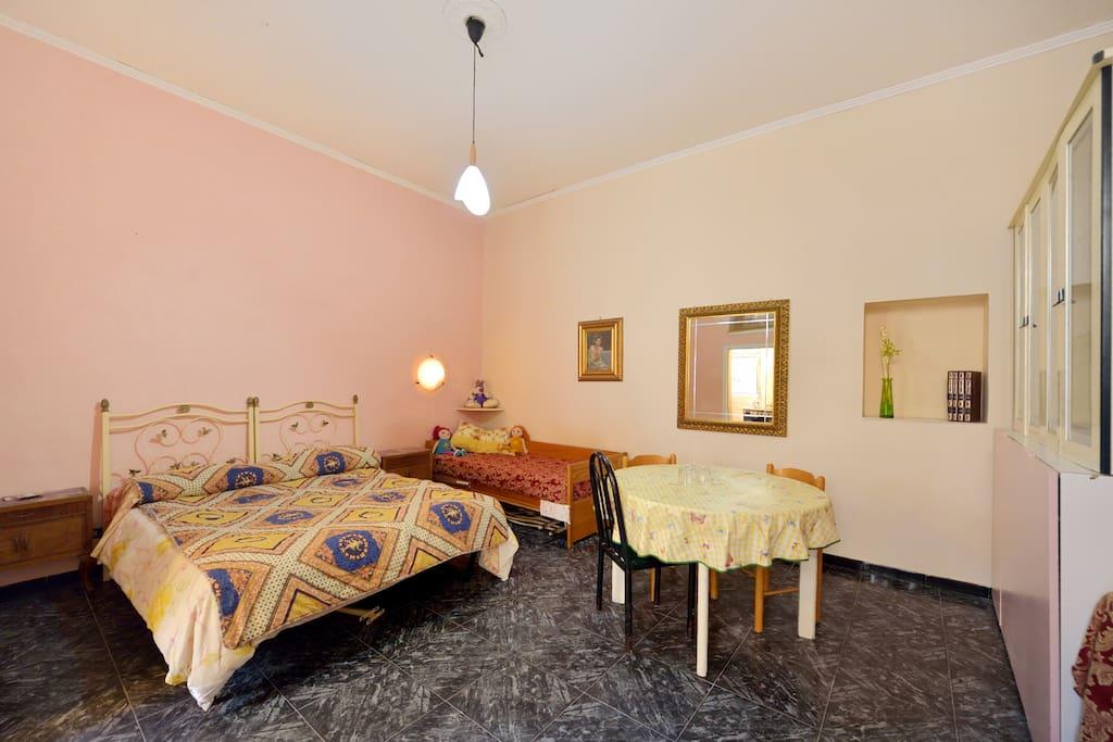 Miniapppartment centro storico appartamenti in affitto a for Appartamenti in affitto arredati napoli