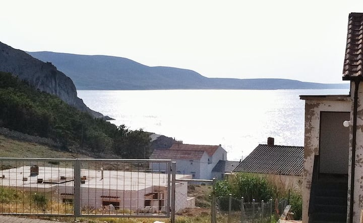 Studio flat with terrace and sea view Metajna, Pag (AS-6426-a)
