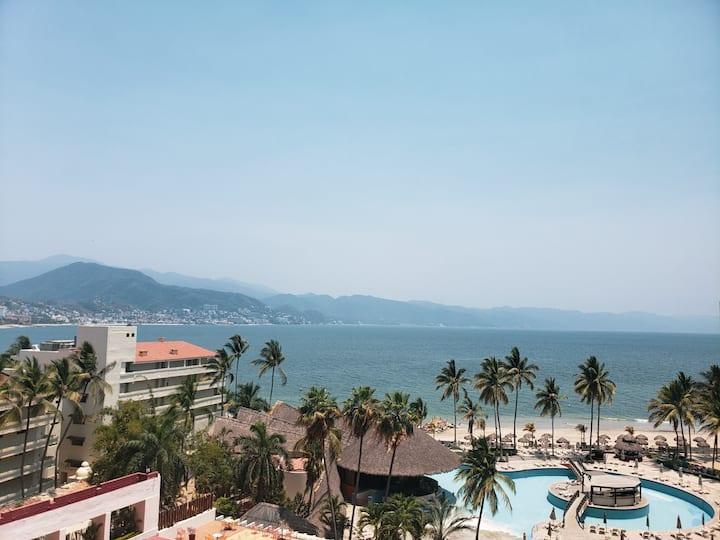 Oceanfront Resort Condo with Amazing View (#634)