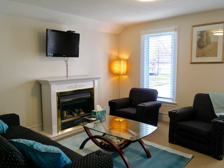 Ellis House Executive Apartment