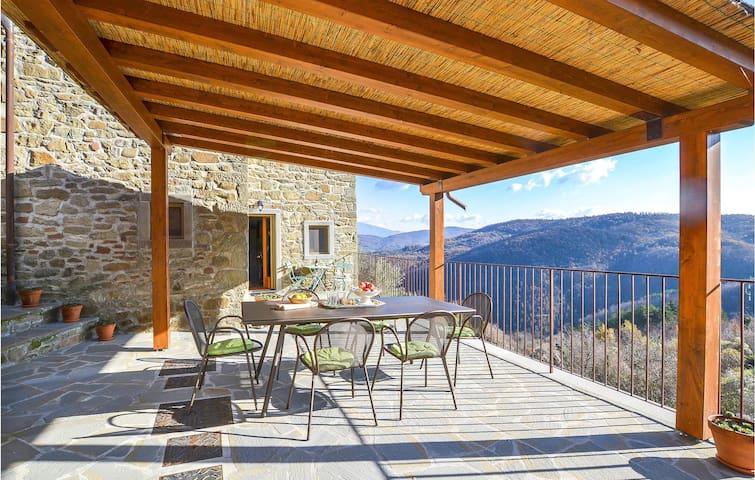 Holiday cottage with 3 bedrooms on 130m² in Talla