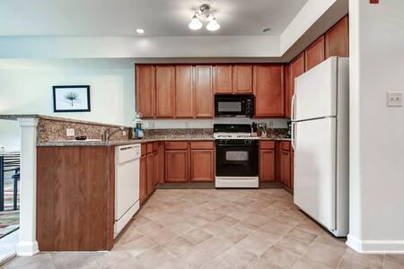 Two Bedroom Apartment Near Princeton University