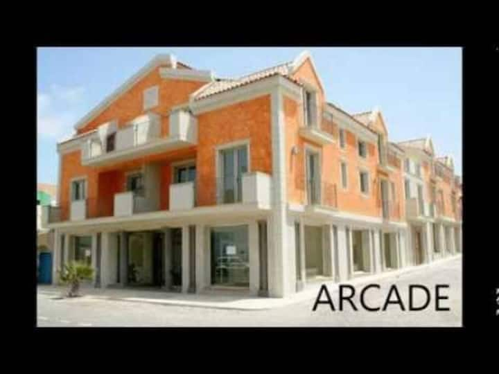 Arcade 2 bed apartment - Arcade Apartment 1H
