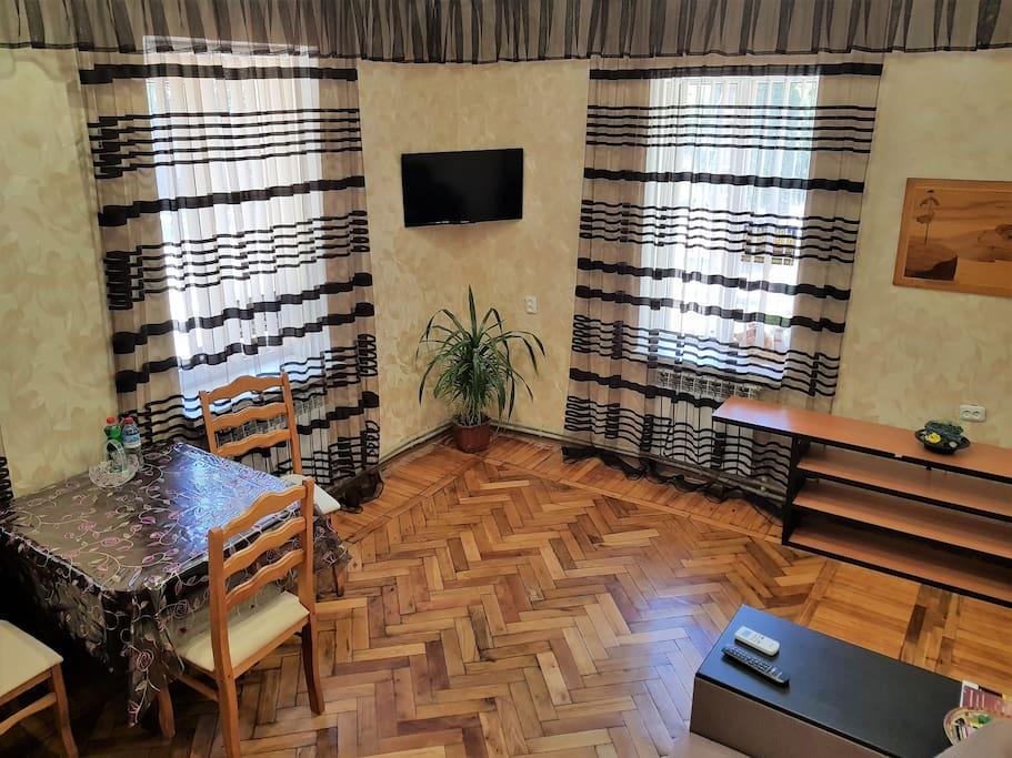 Зал с раздвижным диваном