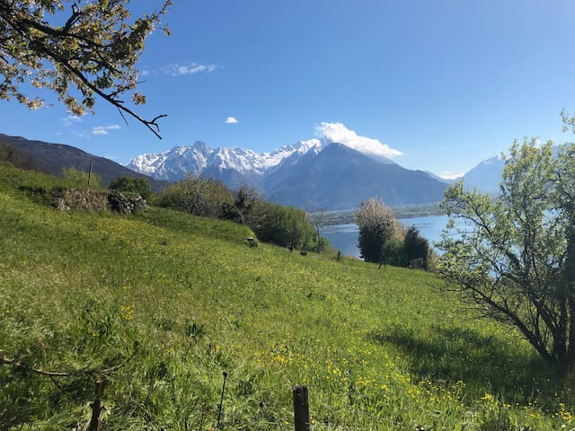 Stunning view of Como lake