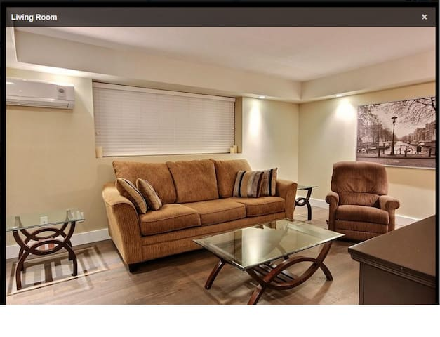 FURNISHED EXECUTIVE CONDO IN FORT RICHMOND - Winnipeg - Apartment