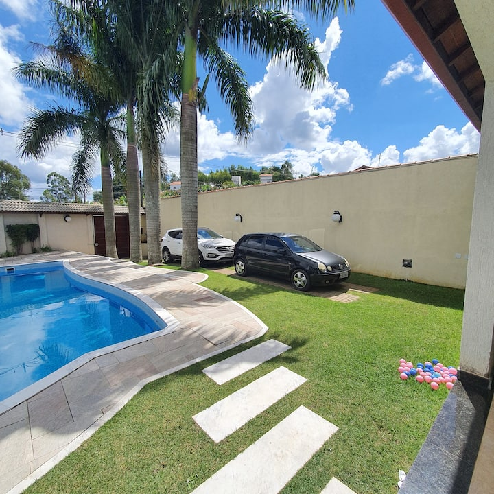 Casa de Campo em Arujá com piscina para familia
