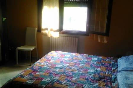Accogliente 55 mq Comfy apartment - Torrile