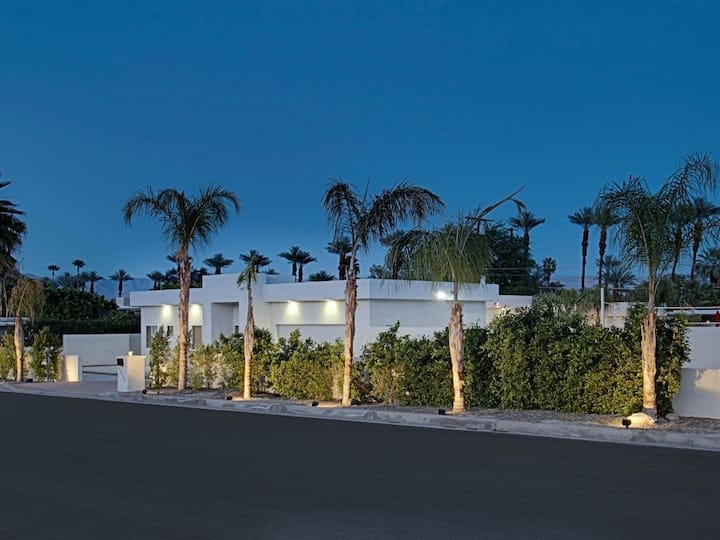Private Modern Mountain View Estate on 1/2 Acre.
