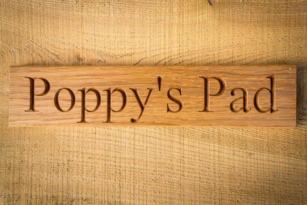 Little Country Houses - Poppy's Pad