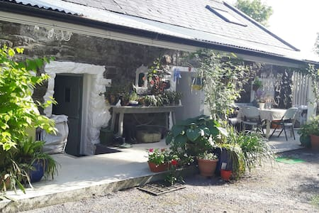 Cottage Kille Abbey rural retreat