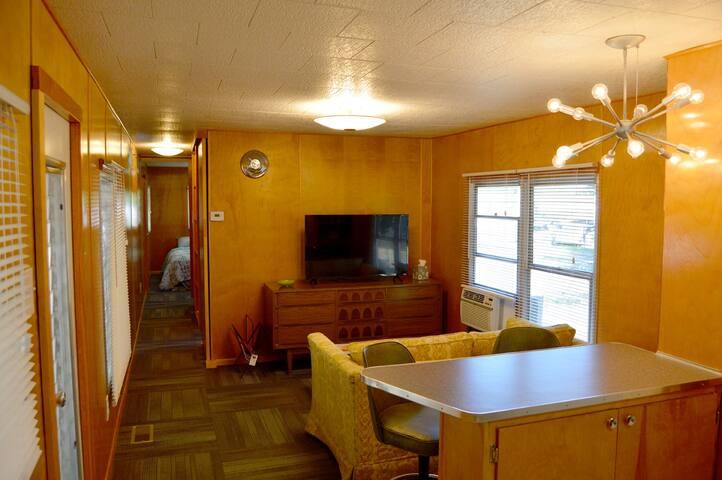 Restored Vintage Mobile Home (#1)